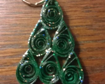 Quilled Christmas tree keyring