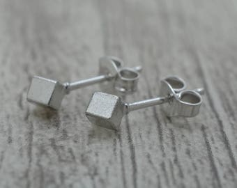Sterling Silver Square Stud earrings, 3 mm
