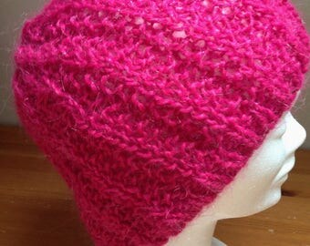 Beanie hand knitted hot pink