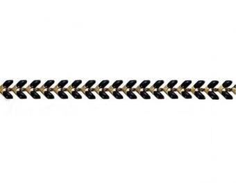 0.5 m chain spike chevron gold and black
