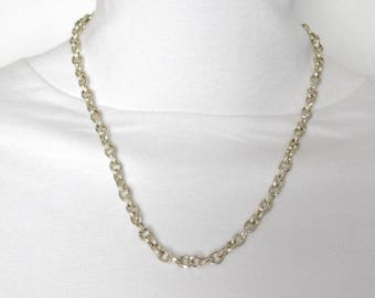Silver Textured Links Necklace
