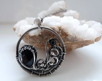 Wire wrapped necklace Onyx, Sterling silver wire pendant, Gemstone Pendant, Onyx jewelry