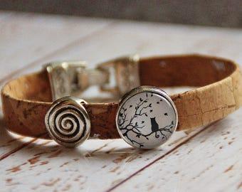 Bracelet made of cork and glass cat cork bracelet