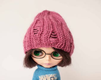 Pink Luxury Blythe hat, Holey pink Blythe hat, Hipster hole hat for Blythe, Knitted doll beret, Boho blythe hat , Blythe autumn duck hat