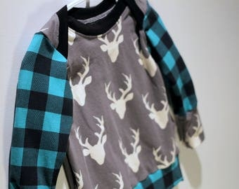 Sweater - 6 months - deer and PLAID - collar adjustable & easy