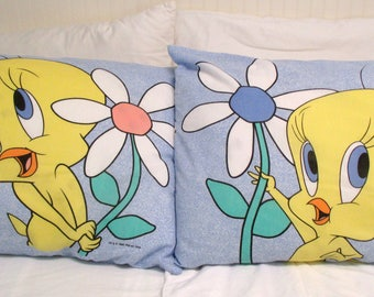 Vintage TWEETY BIRD Pillowcase Set