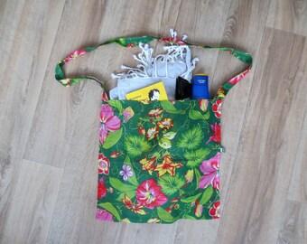 Spring - summer - beach, travel and vacation - green shoulder bag