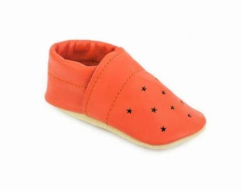 Leather baby shoes / Star punch summer loafers / Eco-friendly rescued leather / Feet shaped barefoot moccasins / toddler girl boy gift