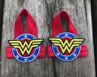 Wonder woman baby barefoot sandals - wonder woman cosply - wonder woman baby outfit - wonder woman baby shoes - wonder woman halloween