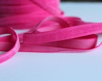 3/8 Azelea Velveteen / Pink Velveteen /   VRYM38-156