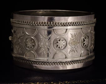 Antique Victorian Etruscan Sterling Silver Cuff Bangle, c1880