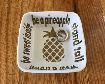 Ring Dish|Personalized|Jewelry Dish|Bridal Shower Gift|Engagement Ring Holder|Engagement Gift|Pineapple|Motivational Saying|Birthday Gift