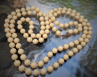 Vintage Faux Ivory Bone Bead Necklace