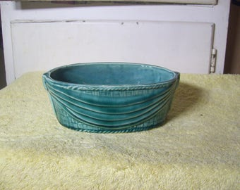 Vintage Brush/McCoy Oval Green Planter #162