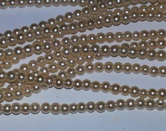 100 pearl beads round 3mm light yellow