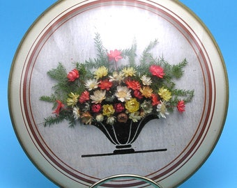 Vintage 1950s Dried Flowers Wall Decor / Picture, Convex Glass Frame