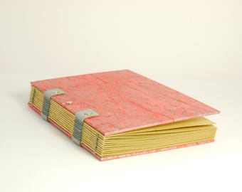 Pad bright travel, size A6 Coptic binding, quality kraft paper, pregnancy book, notebook