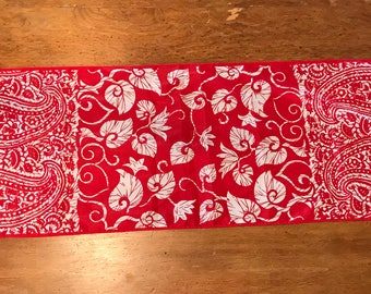 """Vintage Robinson Golluber Long Rectangle Scarf Red Paisley Mid Century - 13"""" x 45"""""""