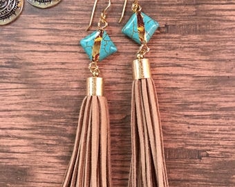 Bohemian jewelry//boho earrings//hippie jewelry//gypsy jewelry//tassel earrings//big earrings//turquoise earrings//hippie earrings