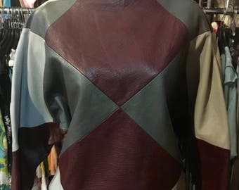 1980' bat sleeves leather sweater, top. Size S.