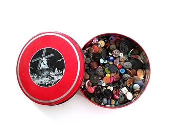 Vintage Button Collection . button lot . button tin . buttons . old buttons . sewing buttons . used buttons