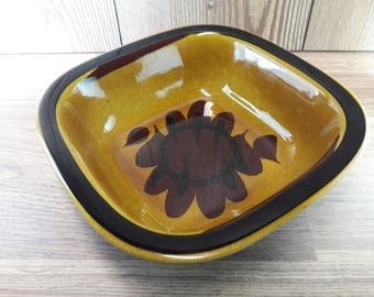 Rorstrand Tuna vintage deep bowl designed by Harry Stalhane, Sweden