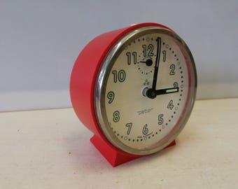 Peter windup red alarm clock