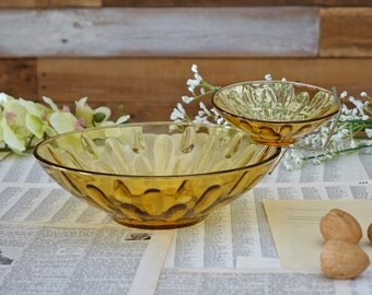 Vintage chip and dip glass bowl Golden yellow snack set