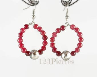 Earrings in red jade (gemtone) on a ring with a metallic crackle glass bead - An 123 Pierres jewel