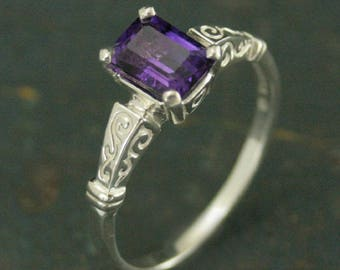 Eve Amethyst Ring~Emerald Cut Amethyst~Birthstone Ring~Gift for Her~Precious Stone Ring~Emerald Cut Ring~Octagon Stone Ring~Birthday Gift