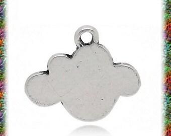 antique silver cloud 8 pendants