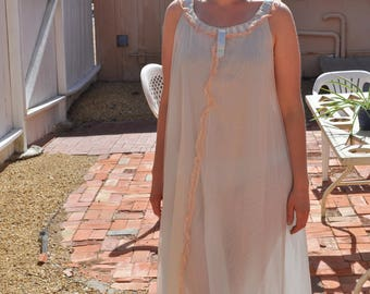 Vintage 1960s Odette Barsa Blue Floor Length Nightgown  with Tan Lace Trim