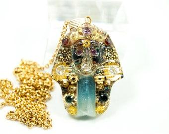 The egyptian pharaoh tutankhamun pendant