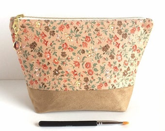Large Makeup Bag - Floral - Bridesmaid Gift - Gift for Her - Cosmetic Bag - Makeup Case - Makeup Holder
