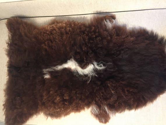 Sheepskin rug supersoft rugged throw from Norwegian norse breed medium locke length sheep skin 17188