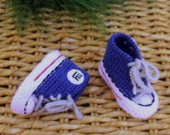 Baby SHOES, Baby Football shoes, New York GIANTS inspired converse shoes (Handmade by me and not affiliated with the NFL)