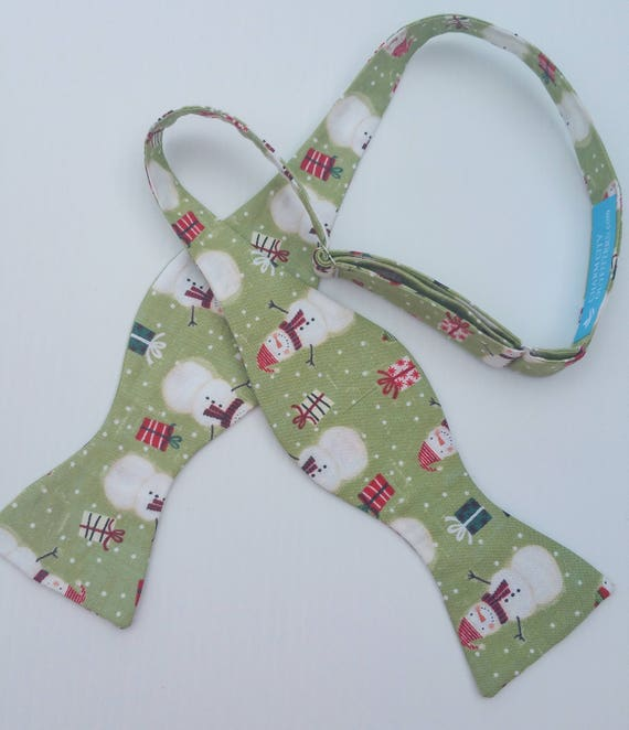 Christmas Holiday Snowman Green Background Adjustable Self Tie Bow Tie Freestyle