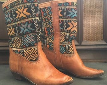Vintage Moroccan Atlas Kilim Boots / Leather Boots / Tan Leather Boots