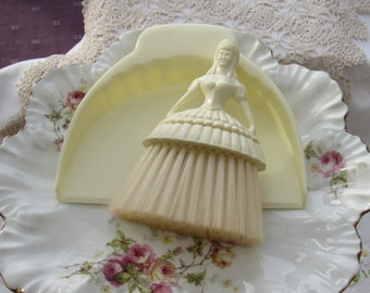 Vintage Crumb Brush and Tray, Crinoline Lady Crumb Brush, 1950's Betterwear Crumb Brush