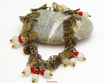 """Bracelet """"Misaë"""" en chaine pastilles et pierre de lune"""
