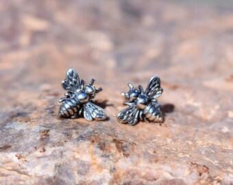 20% OFF SALE! Silver Bee Earrings. 212