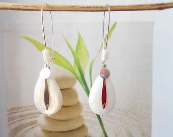 mother of Pearl bead drop earrings