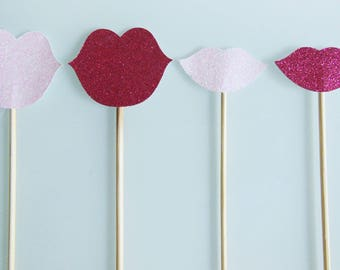 4 skewers mouths pink (fuchsia and light pink) glitter photobooth for wedding or anniversary