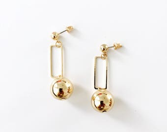 Square sphere earrings