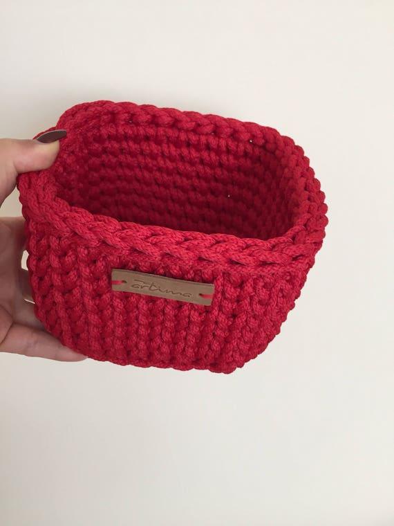 Christmas Decoration, Red Little Square Crochet Basket, Christmas Gift,  Home Storage Basket, Makeup Basket, Hallway Storage, Keys Storge Bin