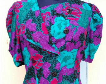 vintage  90's Blue ,Pink /Flower print/ Beautiful fioral/Summer shirt/ Indie shirt/Cotton / Condition Excellent