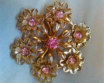 Vintage Pink Rhinestone Brooch, Gold Tone, Floral Brooch, Pink Brooch, Old Brooch, Pink Pin, Rhinestone Pin, Vintage Brooch, Gold Brooch C27