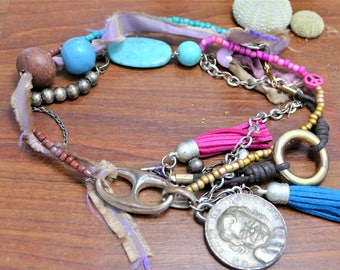 Necklace style Boho mix of beads and baby collection cadum keychain