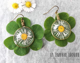 earrings with a spring daisy portrait - natural jewelry - bucolic inspiration