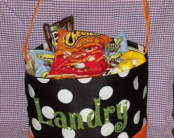 Halloween Bucket/ Personalized Halloween Bucket/ Appliqué Halloween Bucket/ Collapsible Easy storage Halloween Tote